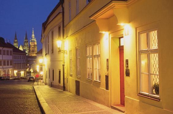 Bo bra i prag 6 hotelltips for Domus henrici boutique hotel